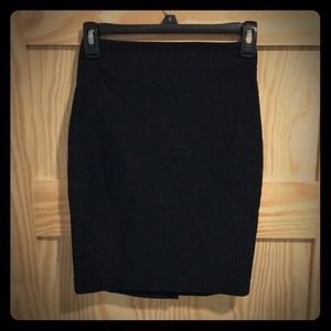 Black pencil skirt, stretchy, formfitting